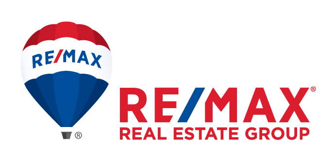 real-estate-group-logo-with-balloon